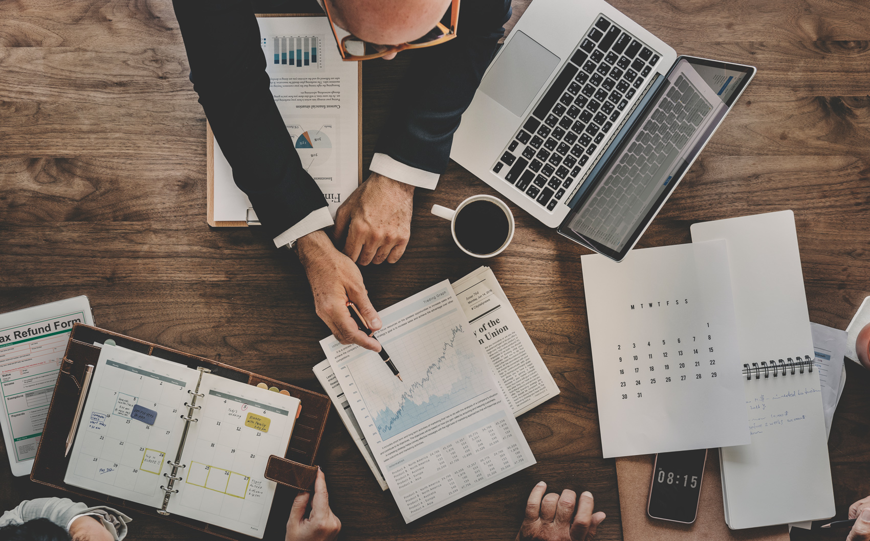 Top 5 Characteristics of a Successful Sales Management Professional